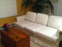 SWEET DESIGNER COUCH-Reduced price