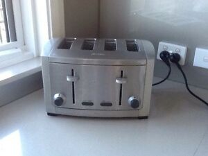 Sunbeam 4 slice toaster Casula Liverpool Area Preview