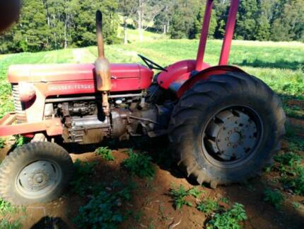 Massey ferguson 65 tractor in good condition