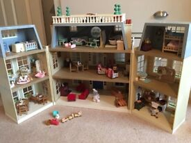 Sylvanian Families Grand Hotel- With Furniture