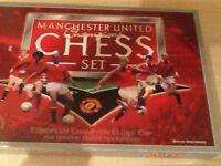 Immaculate man united chess set never used to clear £15
