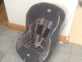 £35-Britax Eclipse Si group 1 car seat for 9mths to 4yrs(9kg upto 18kg child weight)reclines,washed