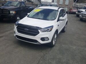 2017 Ford Escape SE just arrived 2017 ford escape se 6 speed...
