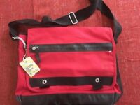 ****BRAND NEW -still with labels***** FatFace Red Messenger Laptop Bag