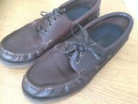 Mens ~ Deckshoes - Size 10, great condition