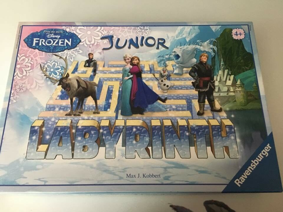 Frozen junior labyrinth board game