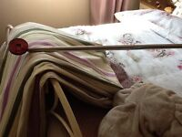 Bargain chrome extendable curtain pole with fittings and curtains hooks needs uplifted