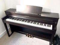IMMACULATE Yamaha CLP-575 clavinova / piano