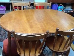 Extendable Wooden Dining Table with 4 Chairs for SALE!