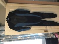 Women's Wetsuit O'Neill Blue And Black New Size 10 and Rash Guard