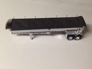DCP 1:64 Mac dump trailer with round bottom/tandom axle