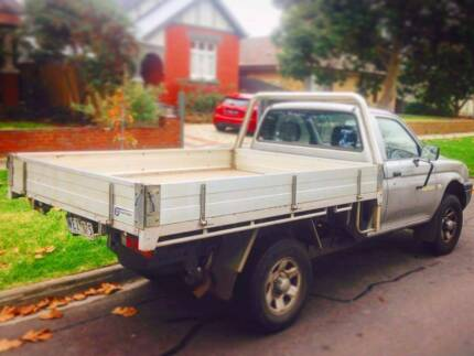 'Mate with a ute'!  Bulky item Delivery and share house removals!
