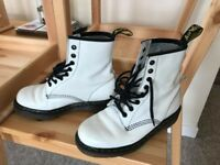 Dr Martens Women's Boots. Winter White. Size 5UK/38EU
