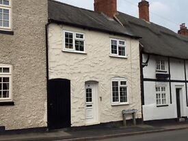 Quaint, small cottage in Old Enderby, Leics. 1 double bed, 1 single, newly renovated
