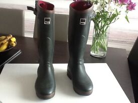 TOGGI wellies boots as new