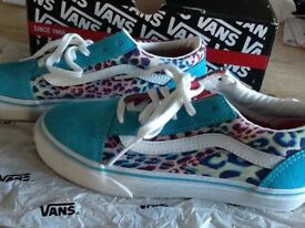 Girls vans shoes