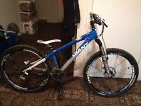 Giant XTC hardtail mountain bike mtb size XS kids / women £250 ono