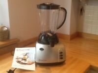 Russell Hobbs simple smoothie maker with instructions