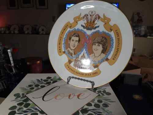 Prince Charles And Princess Diana Wedding Collector Plate RARE MADE IN ENGLAND