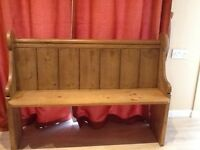 Antique pine pew length 4foot height 3foot depth 16in can delivery local phone or text 07876451569