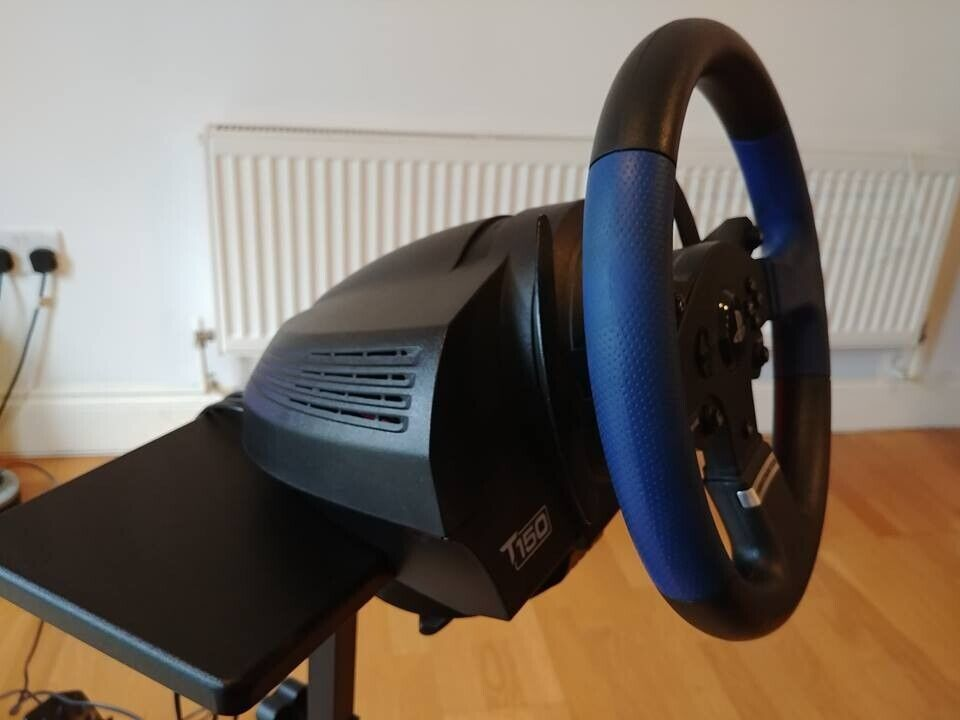 Thrustmaster T150 Ps4 Steering Wheel + Pedals + Stand | in Maidstone, Kent  | Gumtree