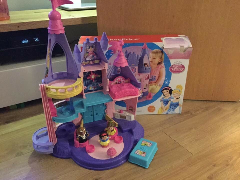 Disney Fisher Price Castle and Carriage