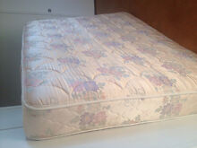 Queen Mattress Sealy Posturepedic Avalon Pittwater Area Preview