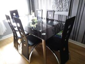 Black & Chrome Glass Dining Table 160 x 90 cm c/w 6 chairs