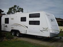 Jayco Stirling 24.75.2, family caravan, bunks, annex, many extras Tuncurry Great Lakes Area Preview