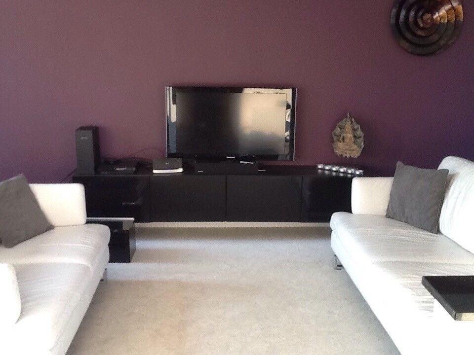 Furnished 2 bed 2 bathroom duplex flat with 2 carpark spaces