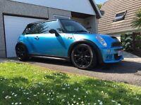 Stunning blue Mini Cooper s r53