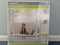 2 x Lindam Easy-Fit Plus Deluxe Safety Gate with extentions