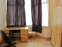 A single large room for students at £100/wk(bills excl.)