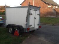 Car trailer twin axle indespension towavan/tow a van barn doors