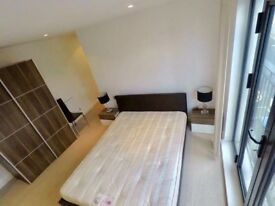 Elegant Double rooms next to Old Street station