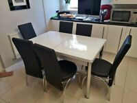 BRANDED NEW HIGH GLOSS EXTENDABLE DINING TABLE WITH 6 CHAIRS NOW AVAILABLE