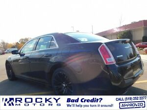 2012 Chrysler 300 Windsor Region Ontario image 4