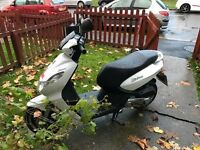 Peugout moped for sale, white 50cc 2013 great condition