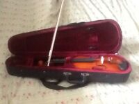 Student violin in case like new
