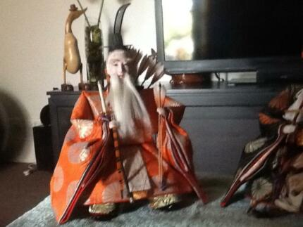 Japanese figurines, beautify dressed, a pair.