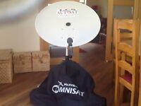 "Maxview Omnisat 32""/80mm Satellite Dish set"