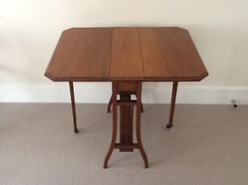 Antique Mahoganay Sutherland Table