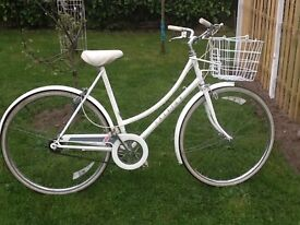 Ladies Raleigh Caprice pedal cycle.