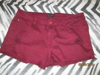 BURGUNDY SHORTS FOREVER 21 SIZE 16/18 GREAT FOR HOLIDAY OR NIGHT CLUBBING