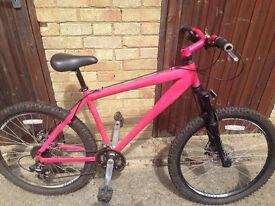 Diamondback M05 Mountain Bike