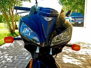 Immaculate 2008 Honda CBR 125 R motorcycle