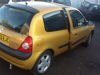 2003 Renault Clio 1.2cc--10 months mot,service history,alloys,ac,cd,mint all round,excellent runner