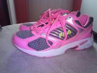 women trainers shoos Fila size uk 4