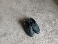 Ladies grey bowling shoes worn once ideal for the bowling season starting size 4 must be seen