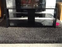 BLACK GLASS TELLY STAND